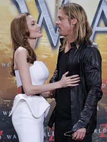 Angelina Jolie y Brad Pitt, una pareja enamorada
