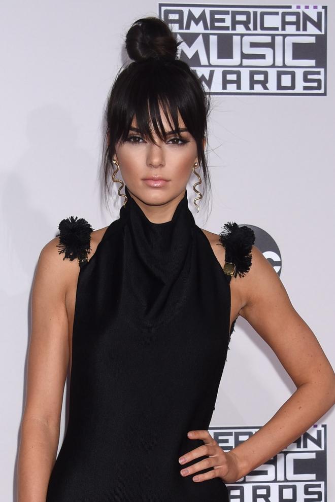Peinados AMAs 2015 El moño de Kendall Jenner