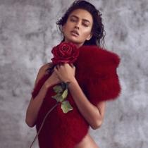 Irina Shayk en una de sus fotos más hot y elegantes de Instagram