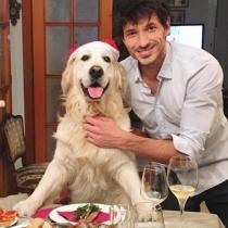 Andrés Velencoso, navidades con su perro