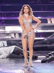 El look de JLo en Las Vegas, de lo más brillante