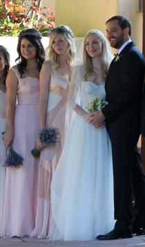 Kirsten Dunst, dama de honor en una boda