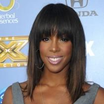 Kelly Rowland, muy bien maquillada
