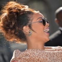 Tenemos que ver el documental de Rihanna para tomarnos la vida a risa