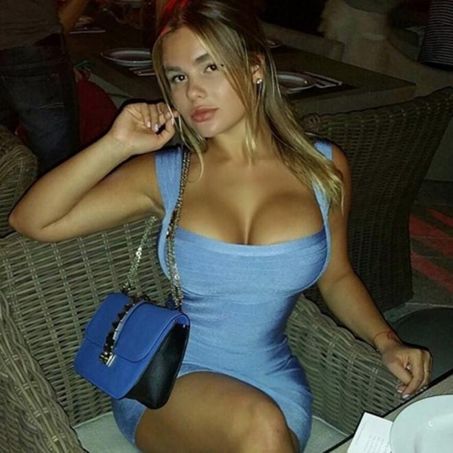 La voluptuosidad de Anastasiya Kvitko es su arma de seducción