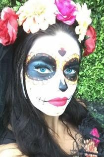 Halloween: Adriana Lima, una catrina muy sexy