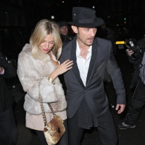 Jude Law reconoció sus infidelidades a Sienna Miller