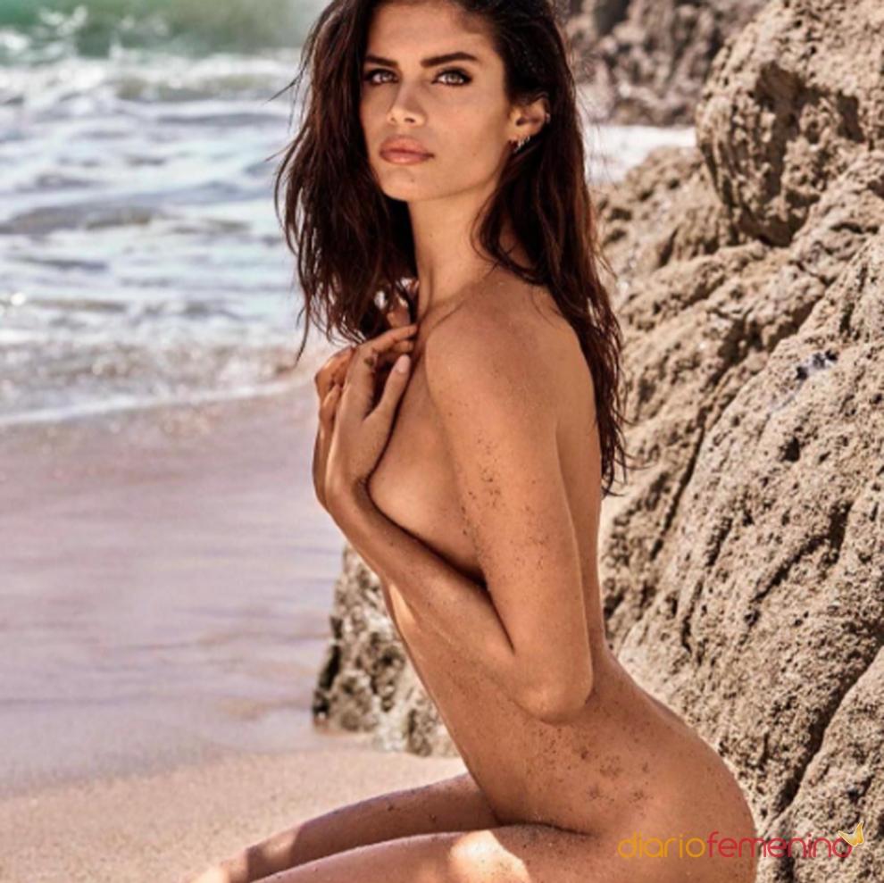 Sara desnuda en fotos