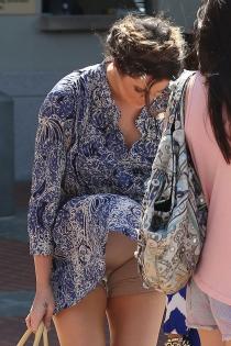 La faja de Khloé Kardashian, un descuido al descubierto