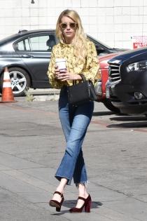 Emma Roberts, look casual a la moda