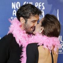 Álex García y Verónica Echegui, todo besos