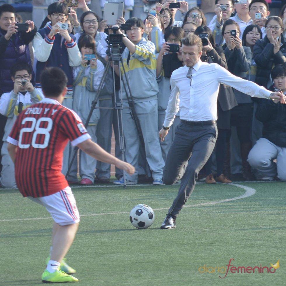 El look de David Beckham: show en China