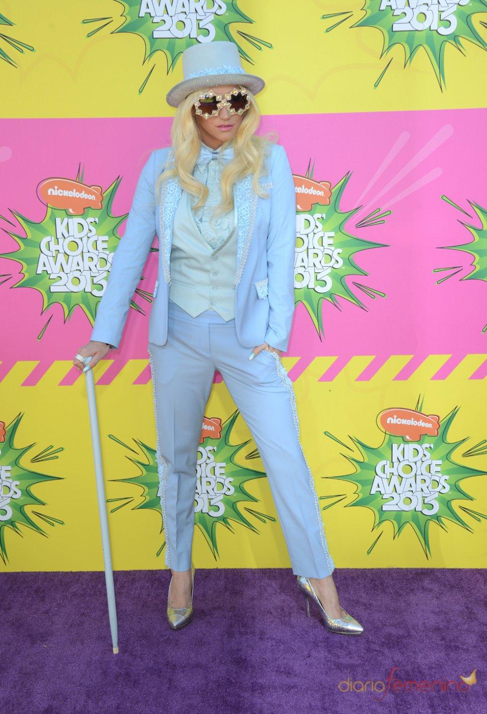 Kesha en los Kids' Choice Awards 2013