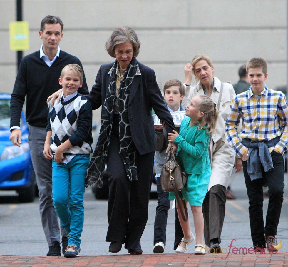 La Reina Sofía siempre ha sido el mayor apoyo de su hija, la infanta Cristina
