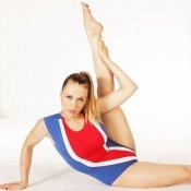 Daniela Blume demuestra su elasticidad, de la que hace gala en Splash