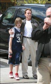 La infancia de Patrick Schwarzenegger, rodeado de paparazzis