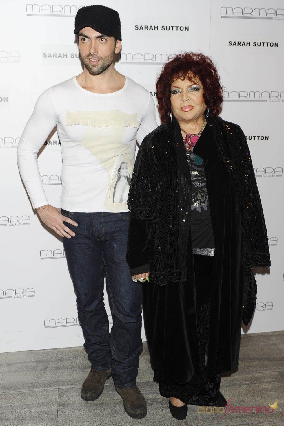 Sara Montiel junto a su hijo, Zeus Tous