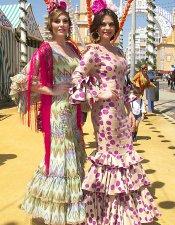 Bellezas flamencas en la Feria de Abril 2013