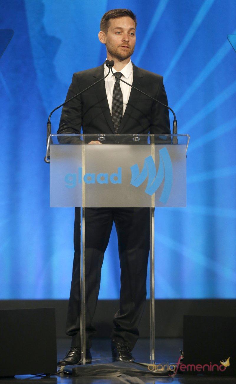 Tobey Maguire durante la gala Glaad 2013