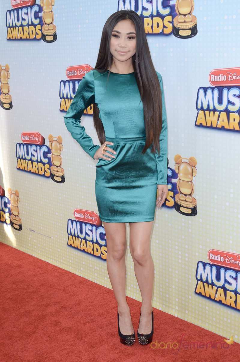 Jessica Sanchez, voz de lujo en los Radio Disney Music Awards 2013