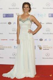 Vestidos de noche: Blanco de novia de Michelle Jenner