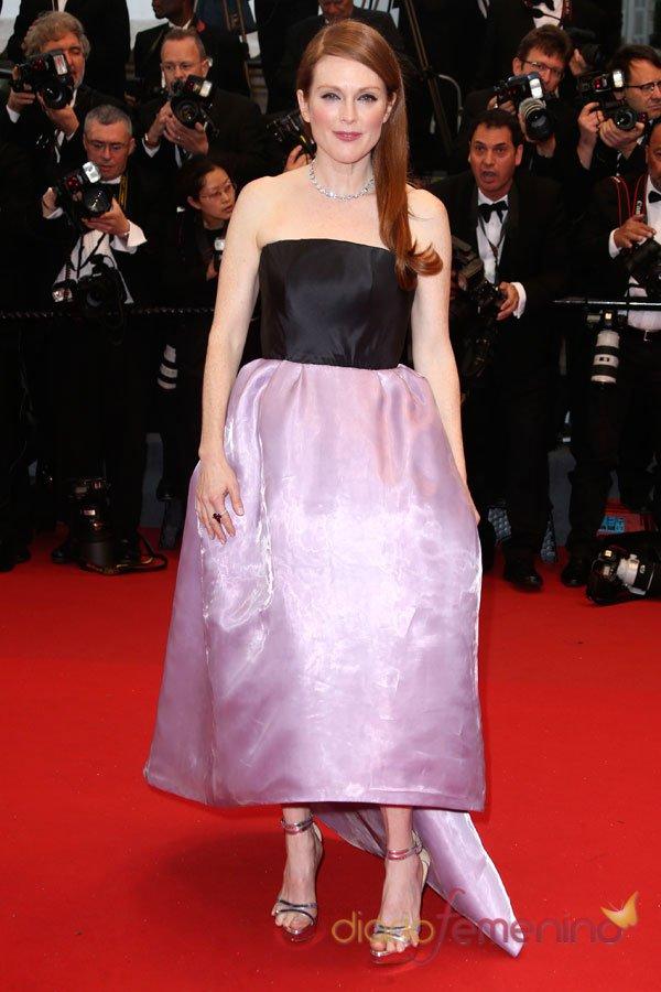 Julianne Moore, look bicolor en el Festival de Cannes 2013