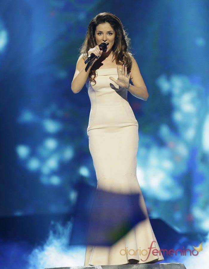 Eurovisión 2013: La bella representante de Ucrania en la actuación final