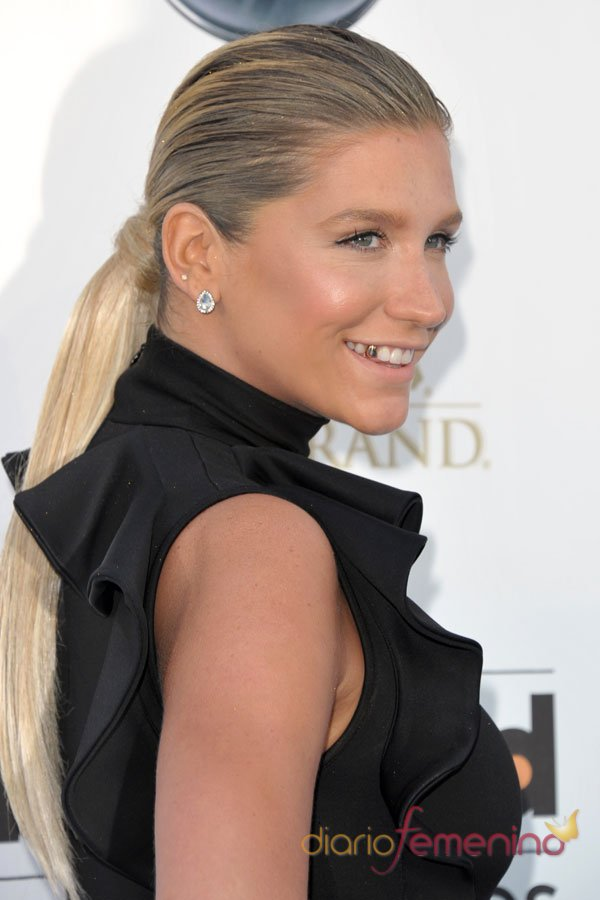 Kesha en los Billboard Music Awards 2013