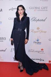 Dita Von Teese, pura elegancia en el Festival de Cannes 2013