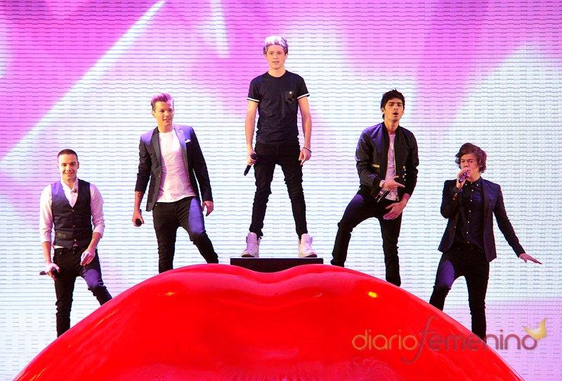 One Direction vuelve a 'The X Factor' convertidos en auténticas estrellas