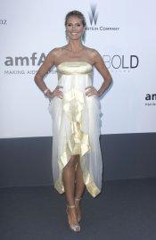El vestido blanco y dorado de Heidi Klum en la gala Amfar del Festival de Cannes 2013