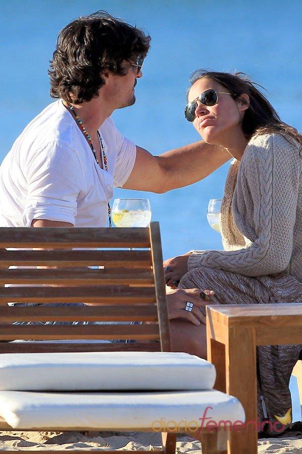 Famosos en la playa: el amor de Felipe López y Mireia Canalda