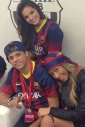 Bruna Marquezine, novia de Neymar y sus amigos: vestidos del Barça