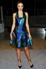 El look de Miranda Kerr, brillante sirena en los CFDA 2013