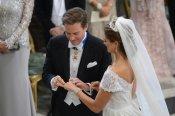 Magdalena de Suecia y Chris O'Neill intercambian anillos durante la Boda Real