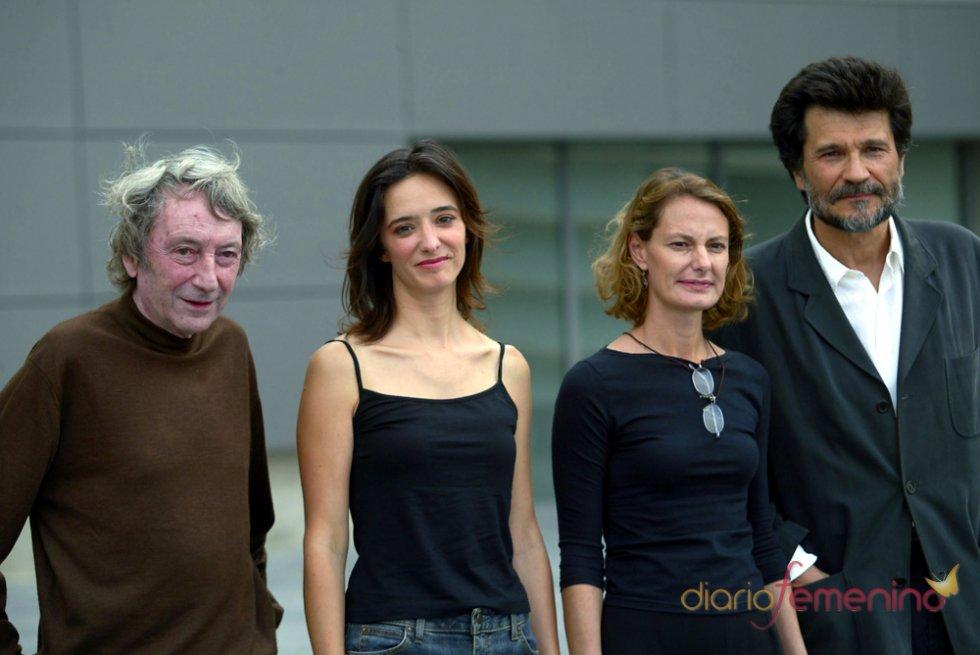 Elías Querejeta con Isabel Tellería, Ana Torrent y Víctor Erice