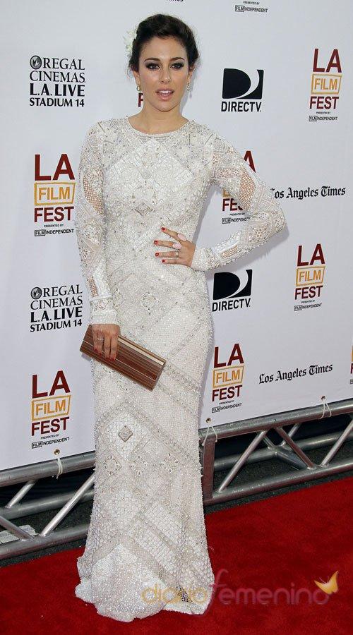 El vestido blanco de fiesta de Blanca Suárez
