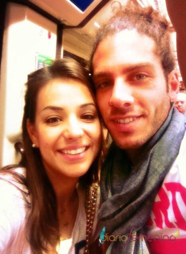 Sonia Walls y Kristian viajan en el metro de Madrid: pareja formada en GH 14