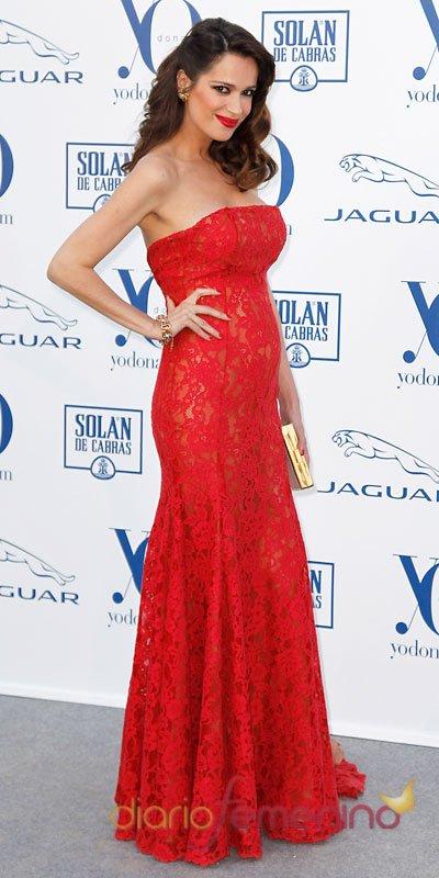 Mar Saura y su espectacular vestido rojo de Michael Korrs