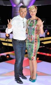 Jesús Vázquez y Tania Llasera, los presentadores de 'La Voz 2' de Telecinco