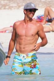 Fernando Verdasco luce cuerpazo en sus vacaciones en Formentera