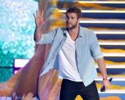Liam Hemsworth fue el mejor presentador en los Teen Choice Awards 2013