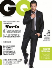 Mario Casas se hace mayor en la portada de la revista GQ