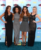 Perrie Edwards, la pareja de Zayn Malik de One Direction, con su grupo Little Mixers.