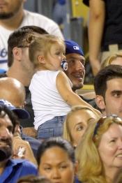David Beckham ha llevado a su hija Harper Seven al béisbol