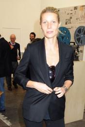 Gwyneth Paltrow sin maquillar está casi tan guapa con de normal