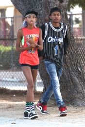 El colorido estilismo de Willow Smith, hija de Wll Smith