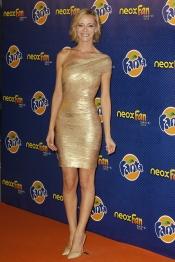 La presentadora Paula Vázquez en los Neox Fan Awards 2013