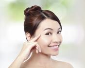 Cómo maquillarse tapando granos, manchas y marcas de la cara
