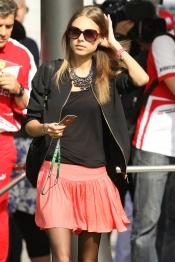 El look de Dasha Kapustina, la novia de Fernando Alonso